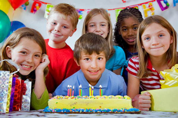 4 Cheap Birthday Party Locations for Kids