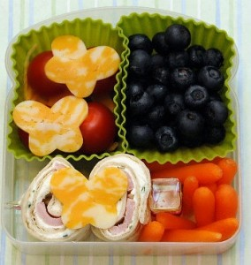 bentocreamcheese 284x300 Lunchbox Inspiration: Five Ingredients Five Ways   Cream Cheese