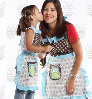 zulily matching aprons