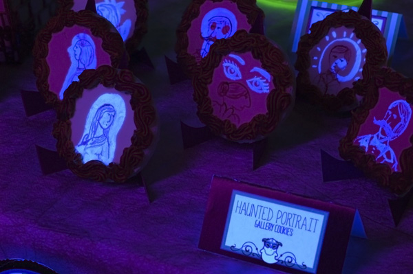 HR2 10 Must See Spooky Halloween Foods