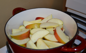 apples in pot 300x186 How to Make Homemade Pink Applesauce