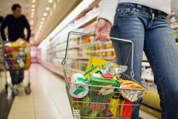 grocery bill 5 Ways Frugal People Save Cash on Their Grocery Bill