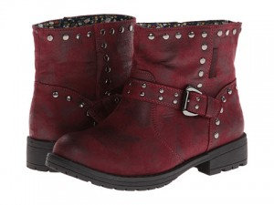 Muk Luks 300x225 Nice Deals on Ankle Boots With 6PM Code!