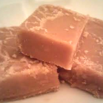 Super Easy Peanut Butter Fudge Recipe—Yum!